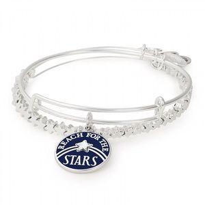 NWT Reach For The Stars Bangle Bracelets
